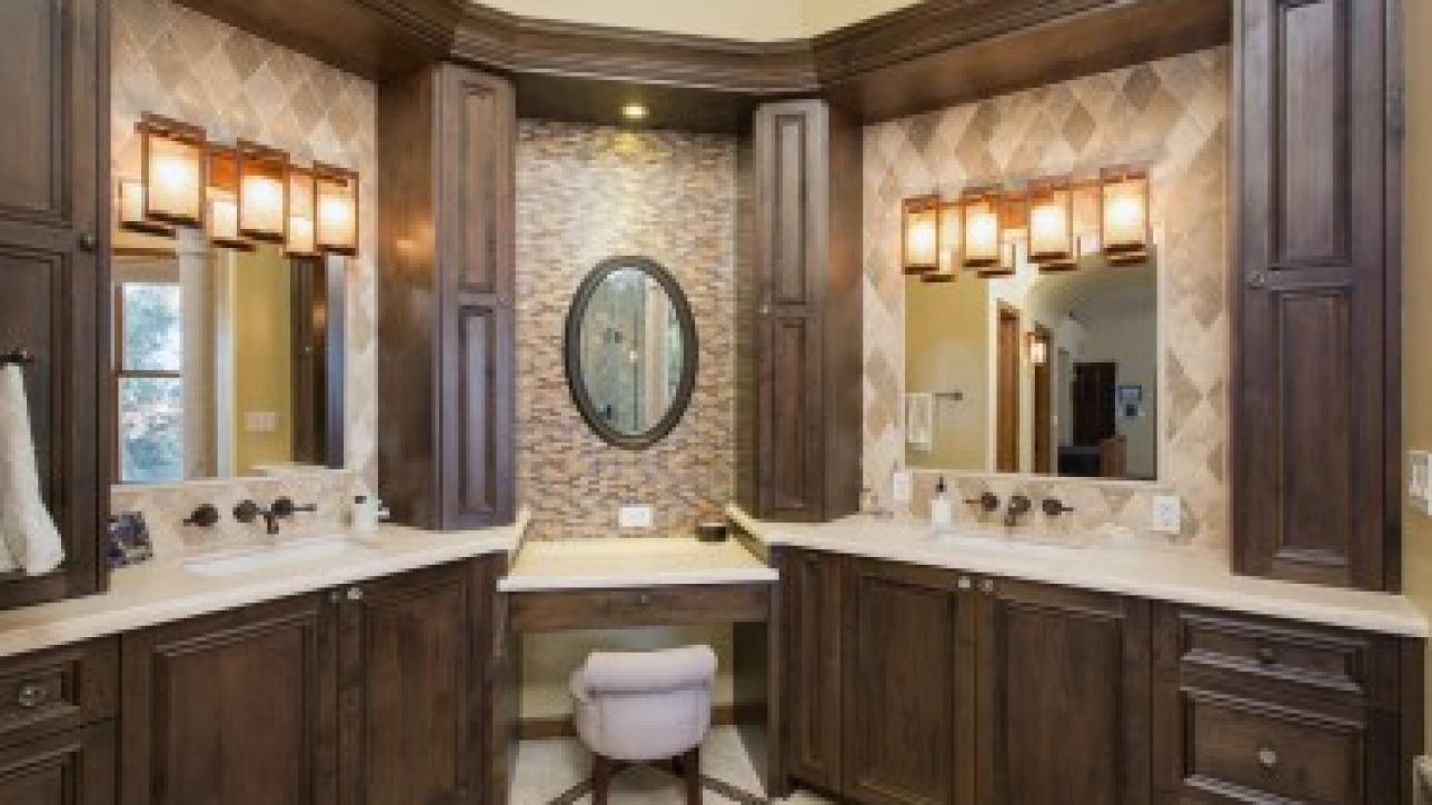 Phoenix Bathroom Remodeling: 6 Modernization Tips